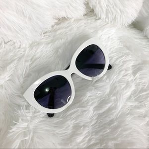 Fashion White Framed Sunnies
